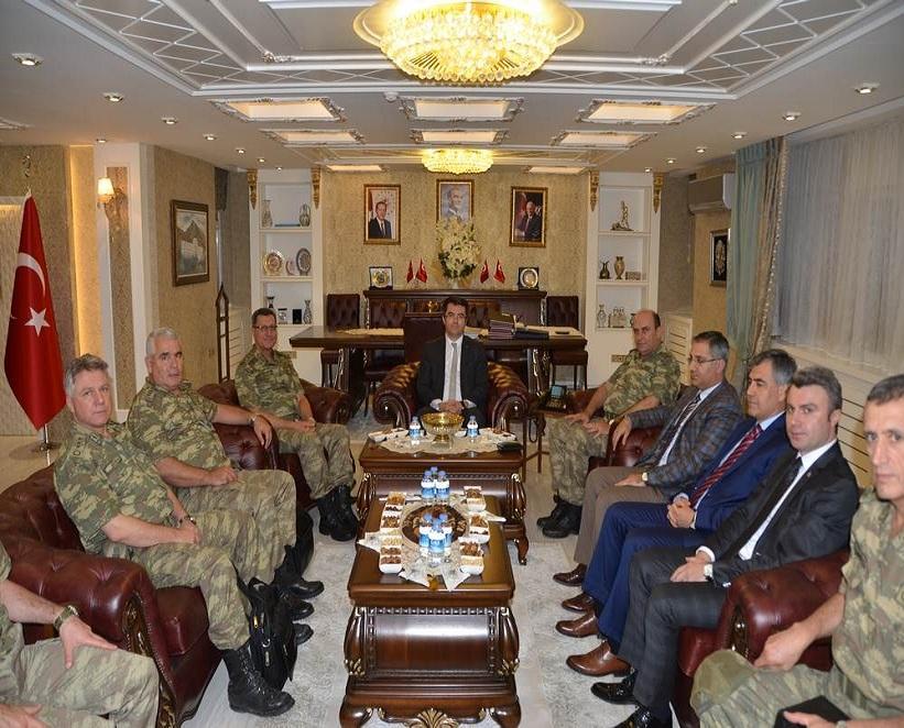 Korgeneral İbrahim Yaşar'dan Gümüşhane Valisi Okay Memiş'e Ziyaret