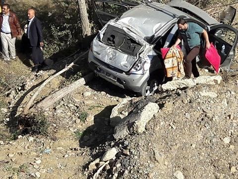 Kelkit te Trafik Kazası 1 Ölü 3 Yaralı