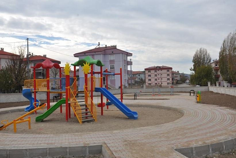 Başkan Yılmaz Çocuklar İçin Yeni Parklar İnşa Ediyoruz.