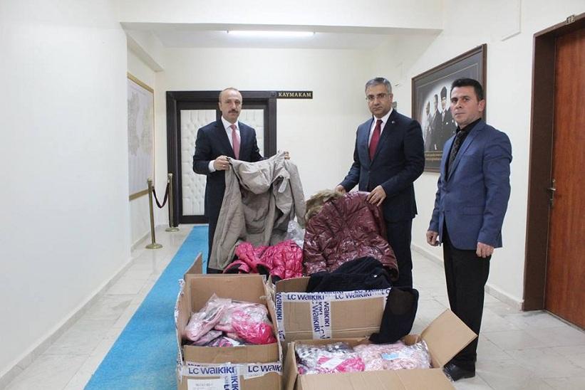 Kızılay'dan 261 Adet Giyecek Yardımı Yapıldı