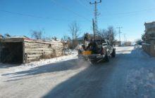 Kelkit Belediyesi Buzlanmayla Mücadele Ediyor