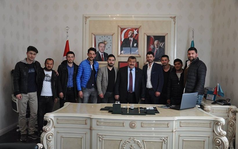 Başkan Yılmaz İlçemiz Ak Parti Gençlik Kolları Bizleri Makamımızda Ziyaret Ettiler