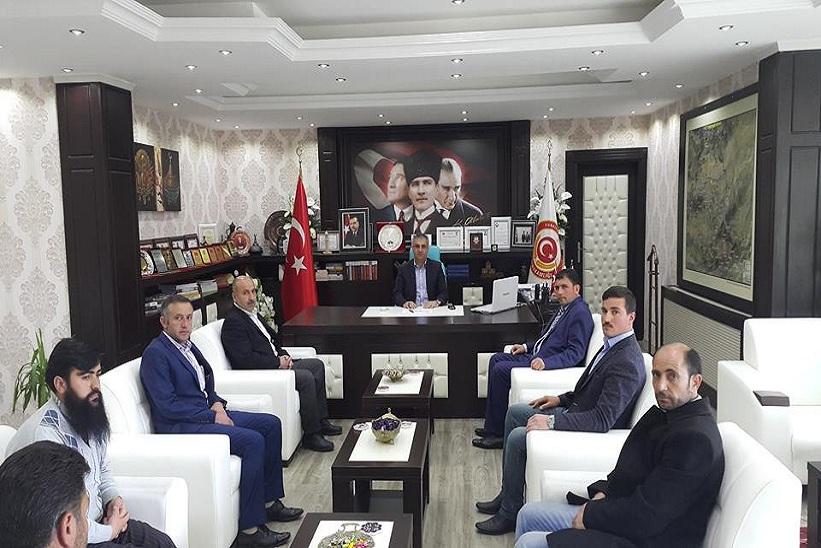 Kelkit MHP İlçe Başkanı Ve İlçe Teşkilatı Kaymakam Yavuz'u Makamında Ziyaret Ettiler