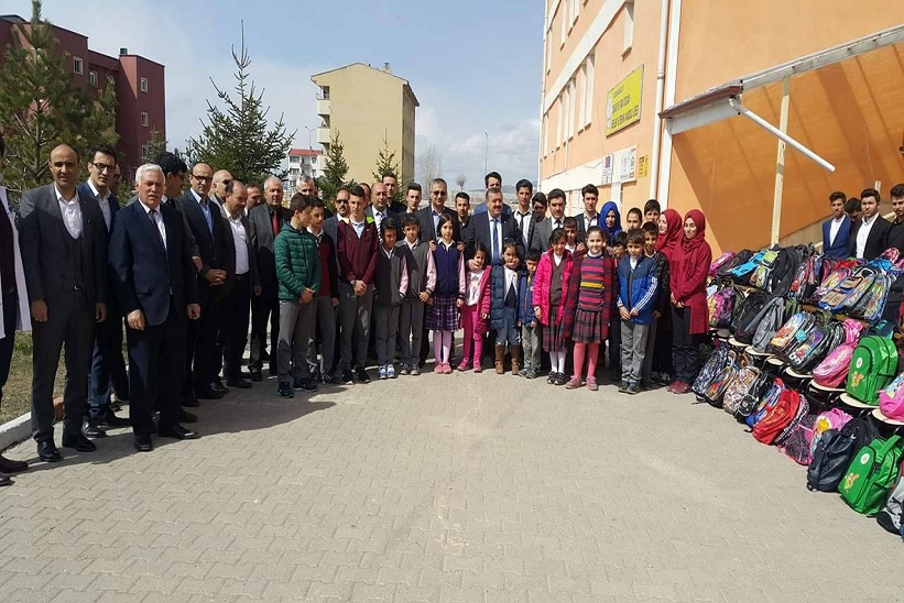 Kelkit Genelindeki Tüm Okullarda Öğrenciler Suriyedeki Kardeşlerine Yardım Elini Uzattı