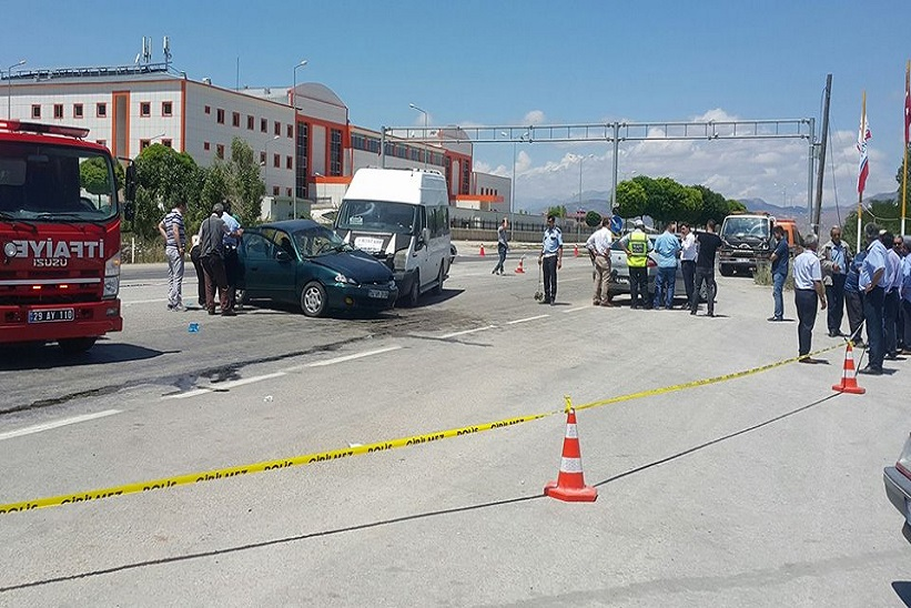 Kelkit te Trafik kazası 1 ölü 8 yaralı
