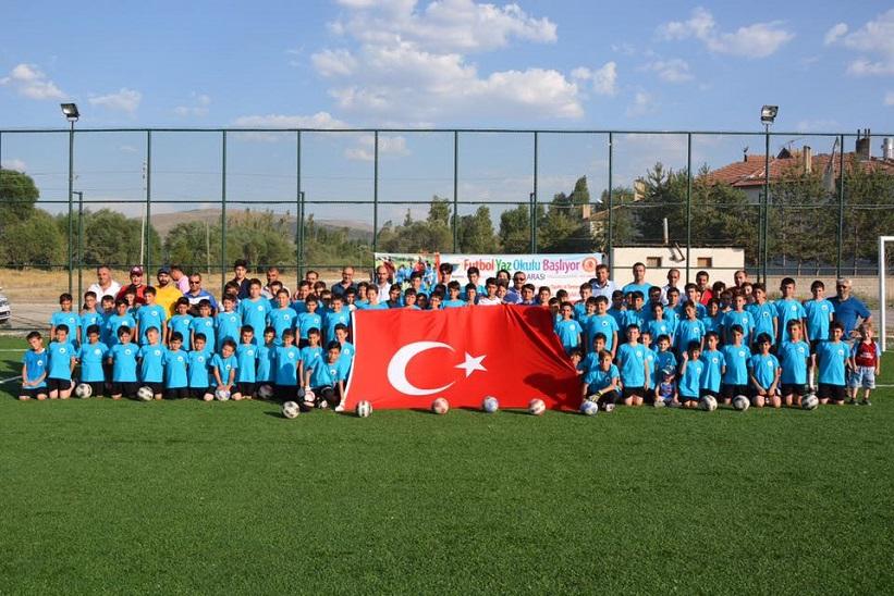 Kelkit Belediyesi Yaz Futbol Okulu Bizleri Gururlandırıyor