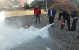 İtfaiye Amirliği Bölge Trafik Amirliği Ekiplerine Yangın Söndürme Tatbikatında Uygulamalı Teorik Ve Pratik Bilgiler Verdi