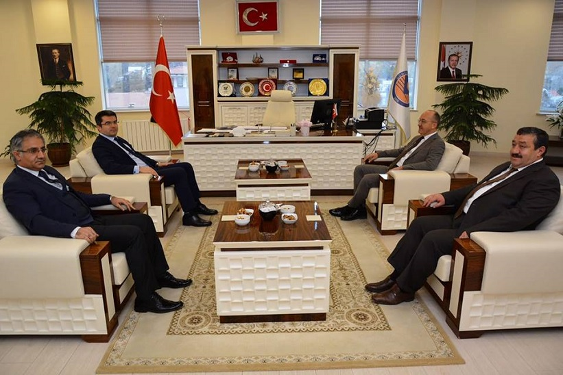 Vali Memiş Kaymakam Yavuz Başkan Yılmaz Üniversite Rektörü Halil İbrahim Zeybek'i Ziyaret Etti.