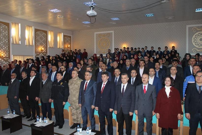 15 Temmuz Şehitleri Anadolu Lisesi 12 Mart İstiklal Marşının Kabulü Programını Düzenlediler