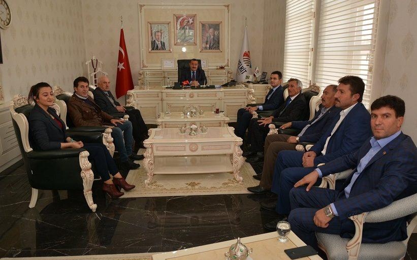 Başkan Yılmaz Köse Kaymakamlığına Atanan Ömer Faruk Canpolat'ı Makamımızda Misafir Ettik