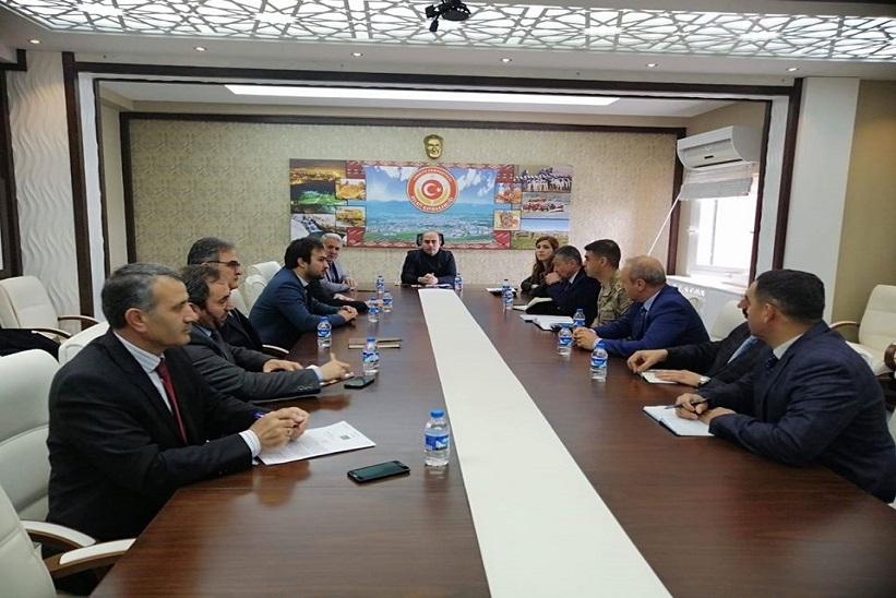 Koronovirüs (Kovid-19) Toplantısı Kaymakam Aziz Onur AYDIN başkanlığında yapıldı.