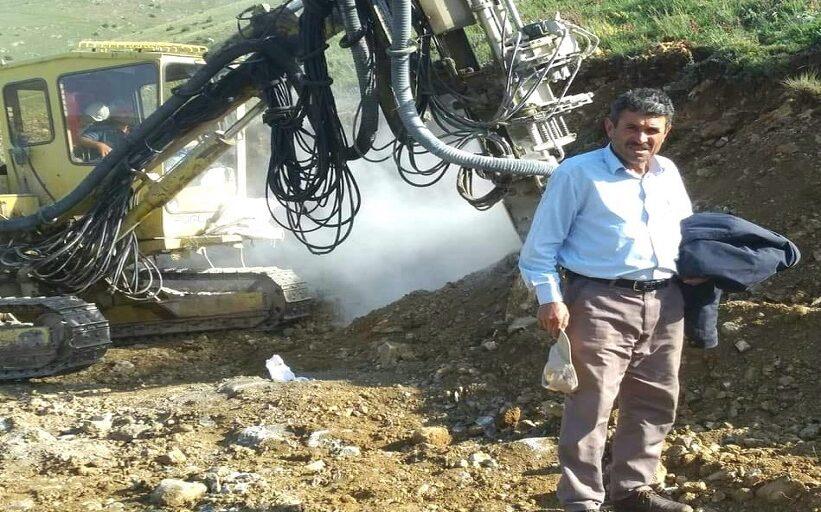 Telefonlar Yüzünden Köyümü'mü Terk Edeyim.